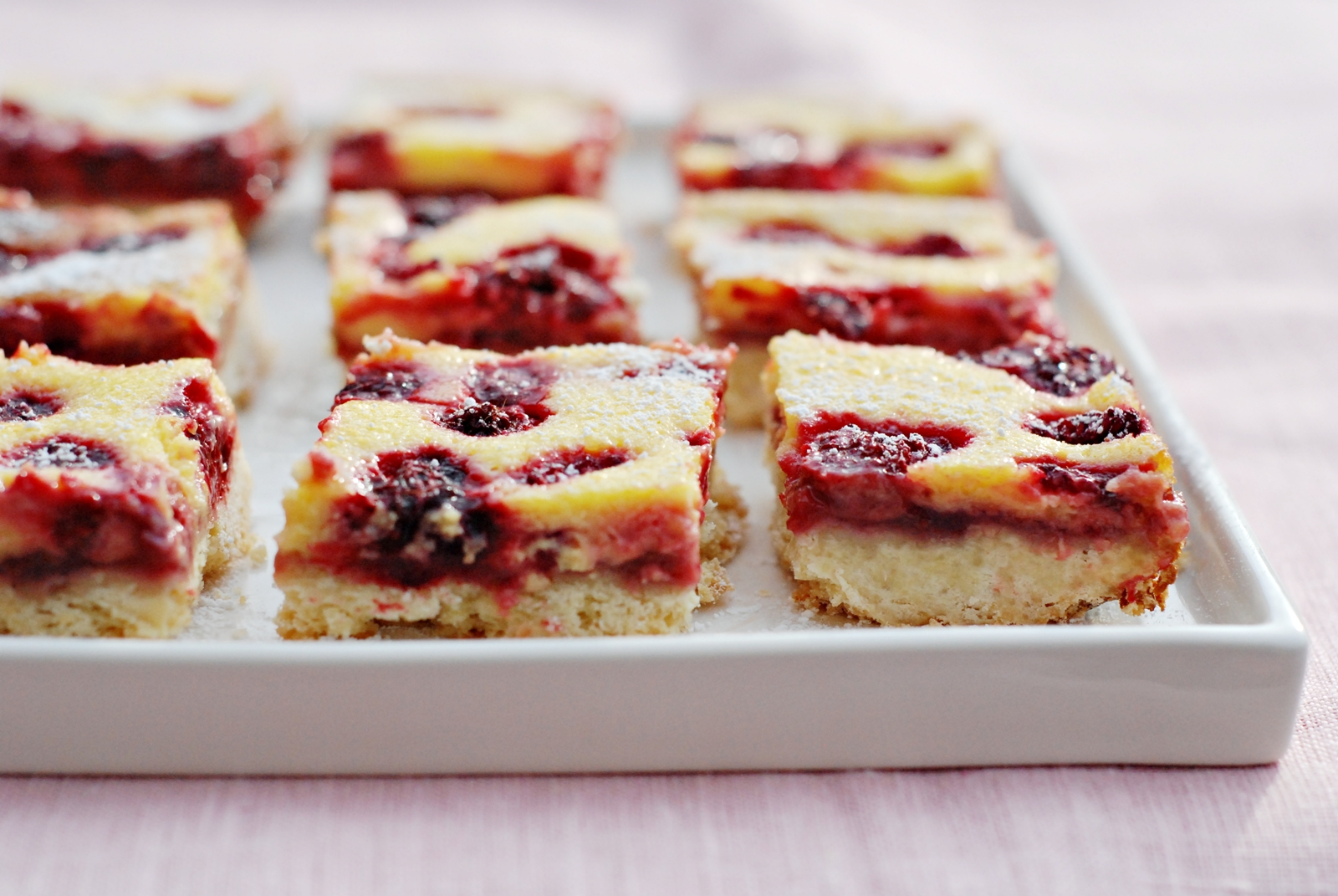 Yummy Treat: Raspberry Cheesecake Bars!