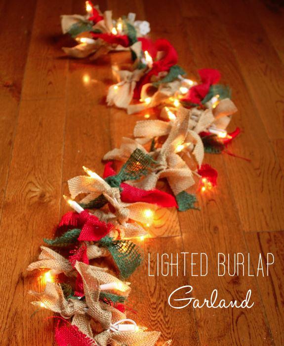 lighted-burlap-garlnad