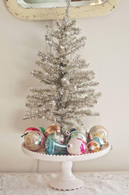 silver-mini-christmas-tree-decor
