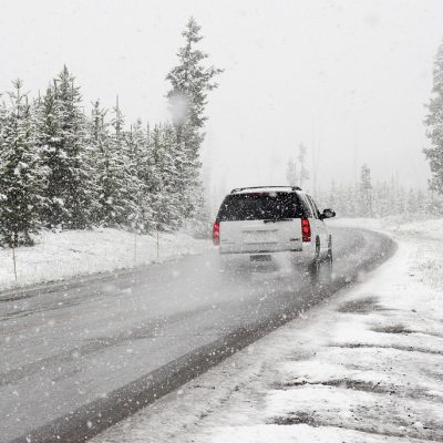 Safety Driving Tips for Driving in Snow or Sleet