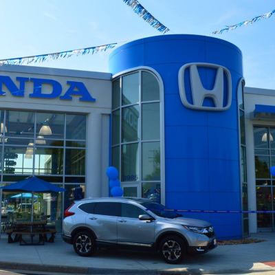 Advantages of Buying a Used Car From a Licensed Dealer