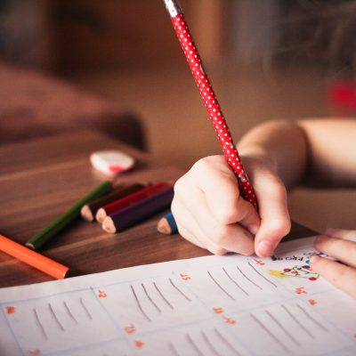 5 Ways to Know if Homeschooling Is Right for You and Your Families